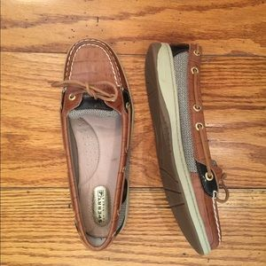 NWOT Sperry Top-Sider, Tan
